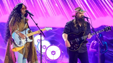 Watch:  H.E.R. & Chris Stapleton Rock 2021 CMT Awards with 'Hold On'