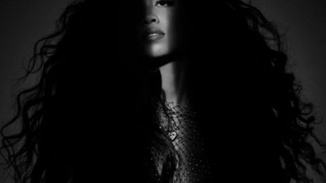 Stream: H.E.R.'s Debut Album 'Back of My Mind'
