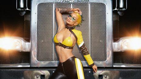 New Video:  Iggy Azalea - 'I Am the Strip Club'