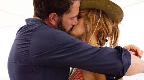 Jennifer Lopez & Ben Affleck Go Public With Romance On Singer's Birthday