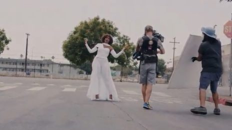 Behind the Scenes:  Jennifer Hudson's 'Here I Am (Singing My Way Home)' Music Video