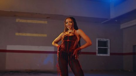 Behind the Scenes:  Tinashe's 'Bouncin' Music Video [Watch]