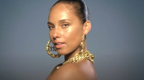 Alicia Keys Premieres New Single 'LALA (ft. Swae Lee)' / Sets First Live Performance at 2021 MTV VMAs