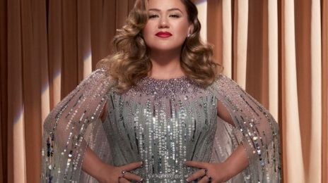 New Song:  Kelly Clarkson - 'Christmas Isn't Canceled (Just You)'