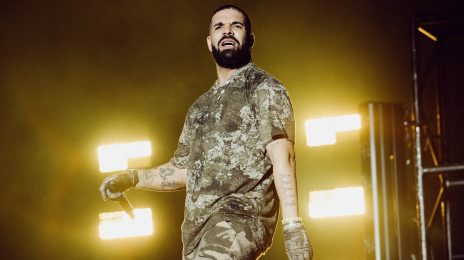 Drake Returns to the Stage with SURPRISE Wireless 2021 Set
