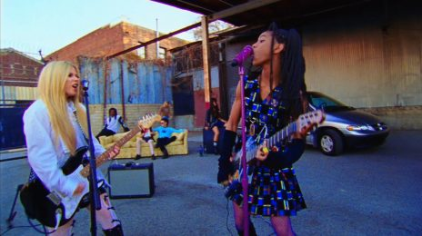 New Video:  Willow Smith - 'G R O W' (featuring Avril Lavigne & Travis Barker)