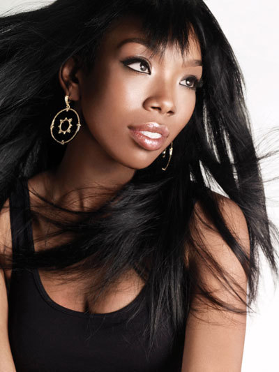 031edfc61fb29db896842b0f8bac0be4 Watch:  Brandy Teases New Single, Collaborating With Chris Brown