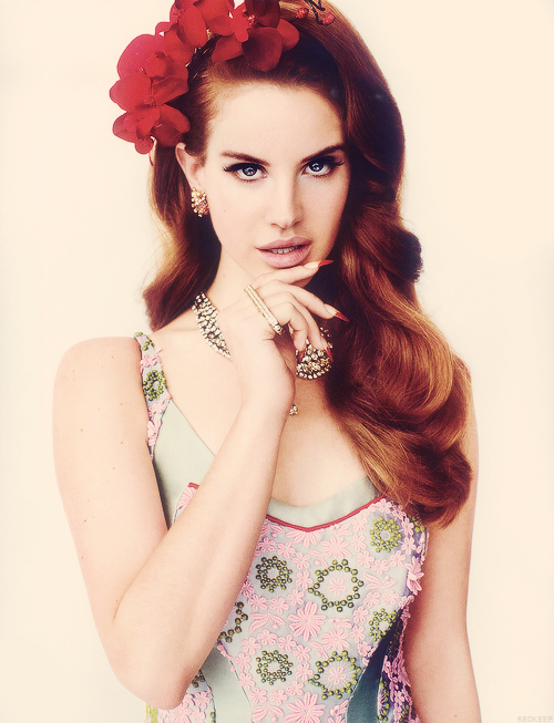 05ef74ae547a09fb100dbf30fddc23e4 Born To Die: Lana Del Rey Brings In 3 Million