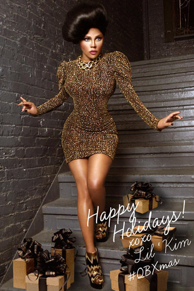 17e943606ec24d8bbf5a2a3eca82d6f9 Hot Shot:  Lil Kim Shines In Christmas Snaps