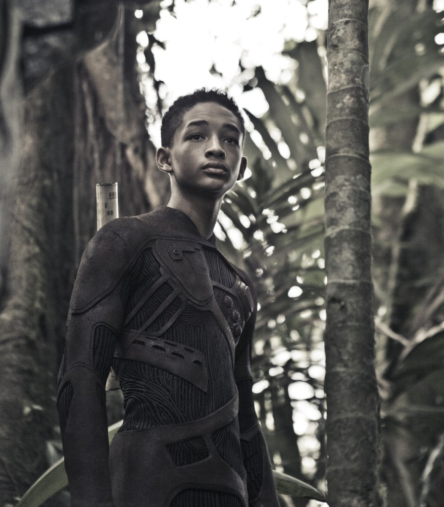 19e2d8470981398eac3e009a8b654289 Extended Movie Trailer: After Earth (Starring Will Smith & Jaden Smith)
