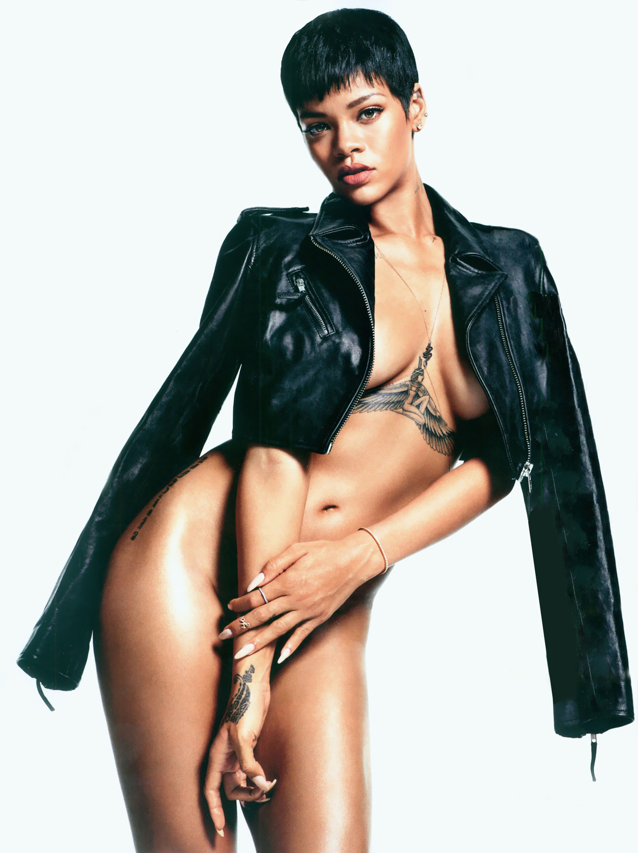 247232ea12793091e7dae4f556a7f52a Unapologetic: Rihanna Suffers 70% Sales Decrease