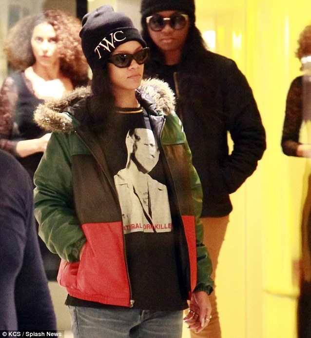 Diva Spotting: Rihanna And Diddy Pose It Up In Paris