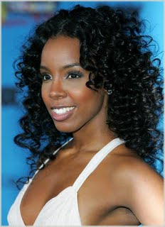 3e0b27062e5a7f1cd82696580adf7f25 Kelly Rowland Update; New Song, Radio Interview etc