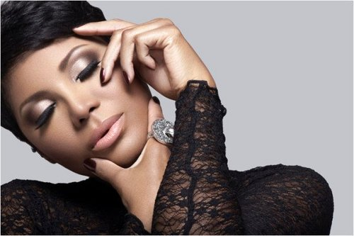 41b7a41976d521bf5bd51bd8233111da Toni Braxton Readies New Single For March Release