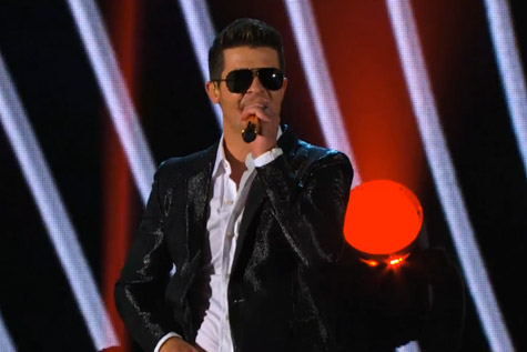 4f892fab40a8deaa1d3658cc08bda1ec Robin Thicke Set For First #1 Album, Rocks Americas Got Talent