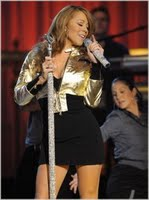Mariah Performs At 'The Hills' Premiere