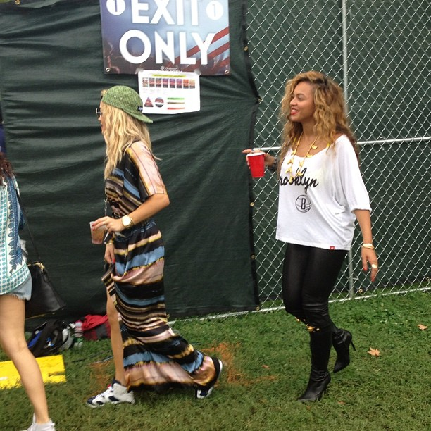 51de9c29a70fc36d46caa718edb9d615 Hot Shot: Beyonce And Rita Ora Enjoy Made In America