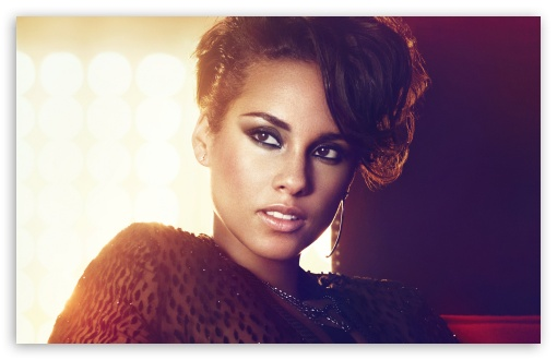 67af9bb4a9cb5448263c92e8101c37b3 Watch:  Alicia Keys Rocks American Idol