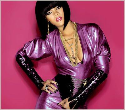 Rihanna - 'Disturbia'