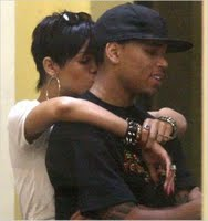 Rihanna & Chris Brown Kissing At KFC