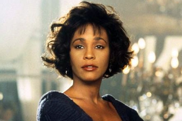 9a55c394eed0f070e13cc7b34b454865 Retro Rewind:  Whitney Houston Wails Do You Hear What I Hear Live