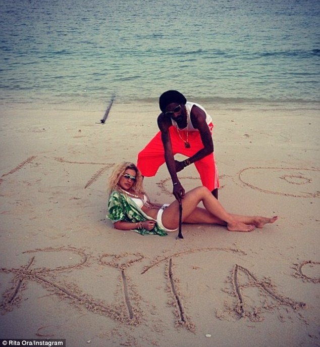 c9efb32ff465b4df7669587473cc6608 Hot Shots: Rita Ora & Snoop Dogg Heat Up In Thailand