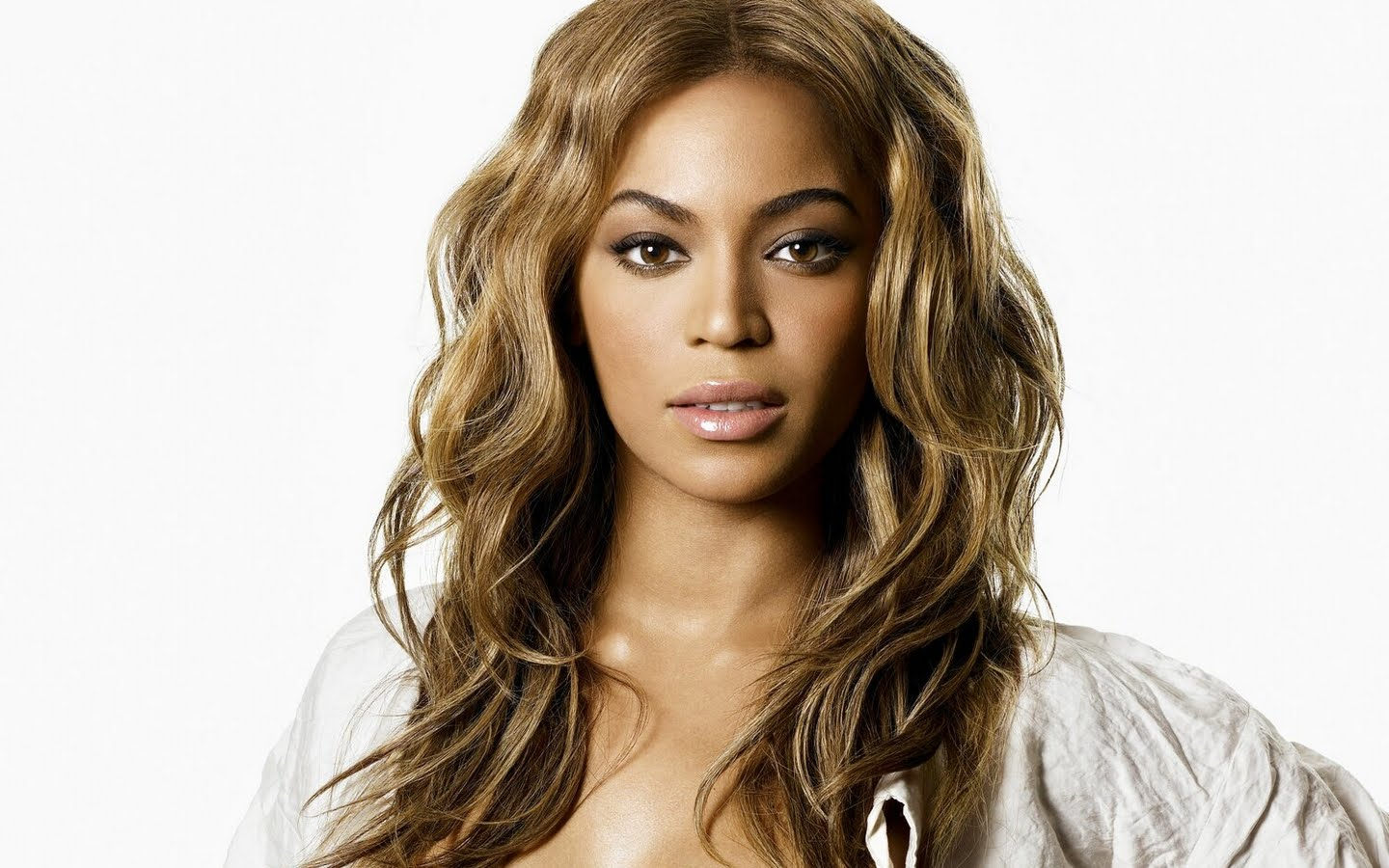 ea4f74516b0aa4ce2a9b319a36bb9dd3 Beyonce Explains Meaning Behind BaddieBey Moniker