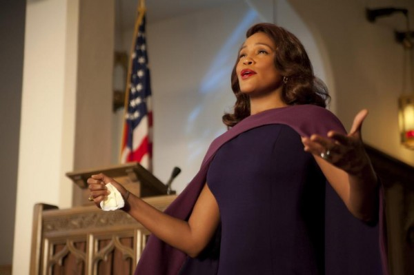 f220f5f23e928a64e749c1f5e733588c Whitney Houston Beams In New Sparkle Movie Stills