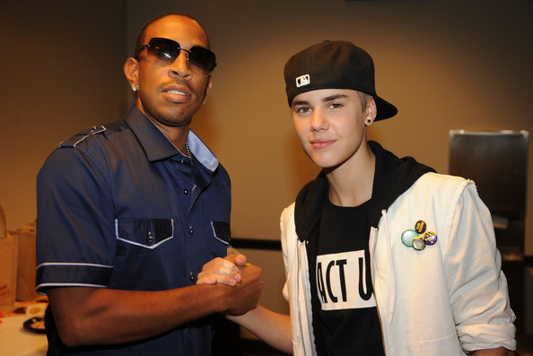 f812df0dce3335cbfda40ce535e2be76 New Song:  Justin Bieber f/ Ludacris   All Around the World