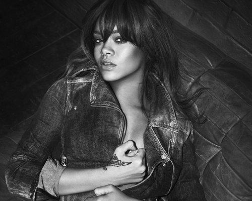 ff9c139031dd5c13015c6ece34bd1cb8 Rihanna Rocks American Idol Finale
